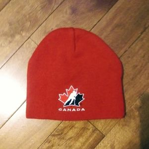 Free with 3 bundle Hockey Canada 2010 Olympic Hat